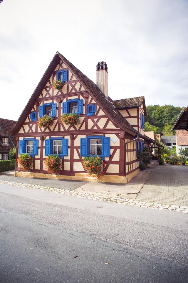 Ekstra kolor to w stylu angielskiej wsi coś ważnego.