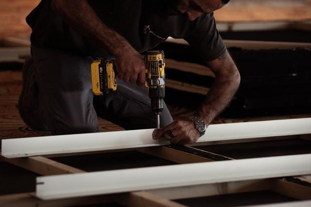 Wiertarki to narzędzia, które raczej używane są przy budowie domów.