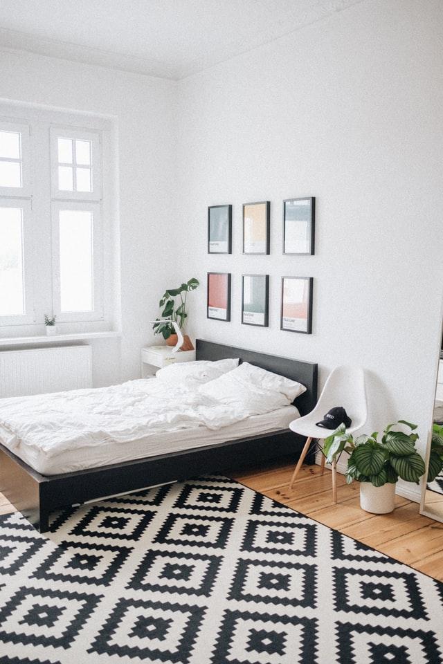 Styl skandynawski to jasne kolory i dużo światła.
